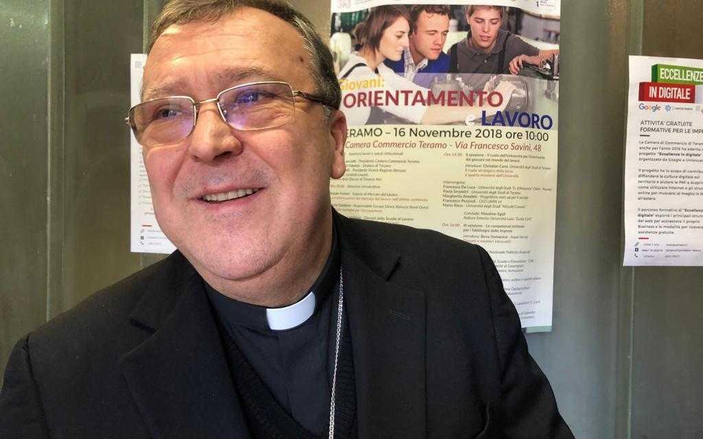 Aci Teramo, sarà il Vescovo Leuzzi benedirà i veicoli militari e civili in onore della Madonna delle Grazie