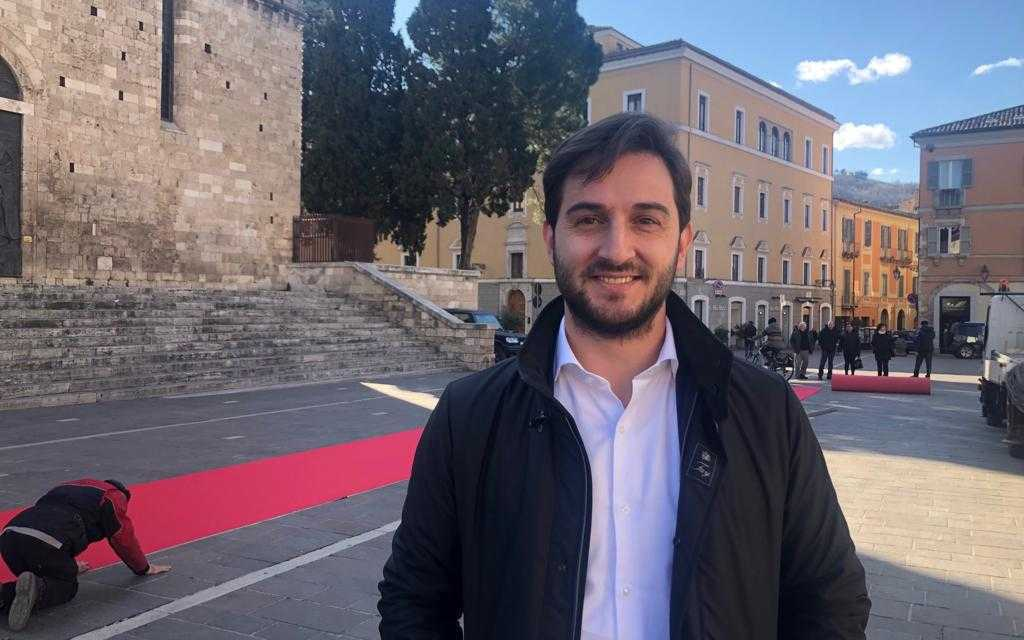 "VIDEO | È TUTTO PRONTO PER IL SAN VALENTINO TERAMANO COL ""RED CARPET"": IN PALIO PREMI E VIAGGI"