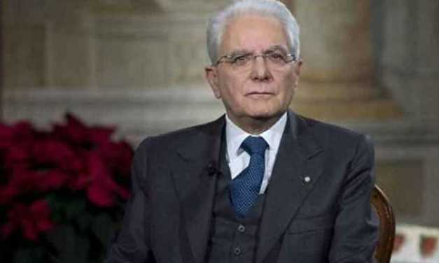Presidente Mattarella a L'Aquila per inizio nuovo anno scolastico ma i ragazzi sono ancora nei Musp