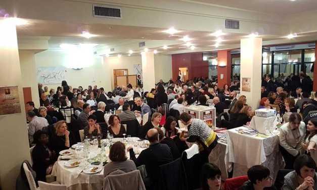 """500 partecipanti alla quinta cena di beneficenza del """"Colibrì Onlus"""": consegnati riconoscimenti ad aziende e privati"""