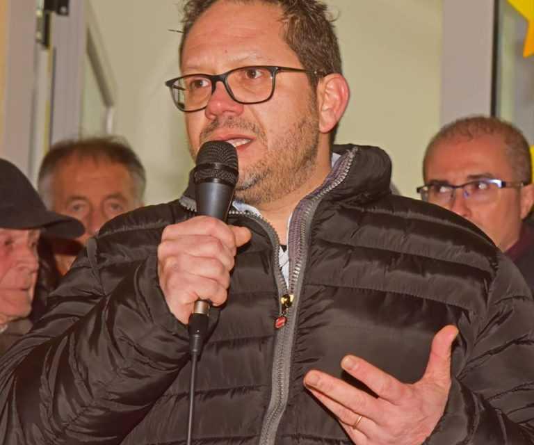 Pineto, il candidato Sindaco Da Fiume (M5S) certifica la lista