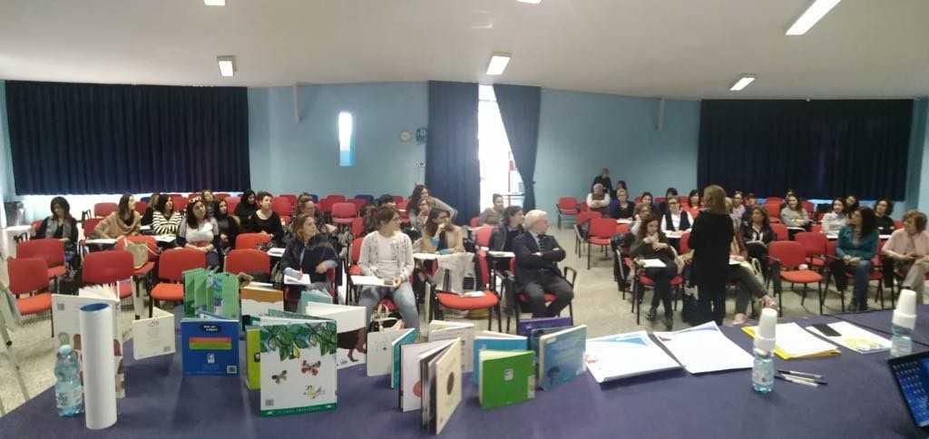 """Terminato il corso di formazione """"Nati per Leggere"""": formate 45 figuretra operatori e volontari"""