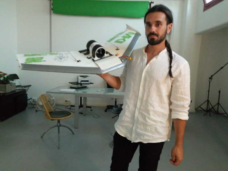 Il falconiere abruzzese Giovanni Granati negli Stati Uniti per diffondere una rivoluzionaria tecnica di riabilitazione dei rapaci feriti
