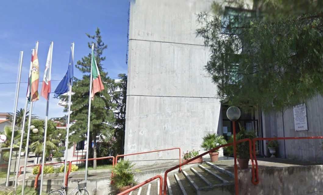 """Martinsicuro, giovedì confronto sul """"Regolamento per l'installazione di manufatti leggeri"""""""