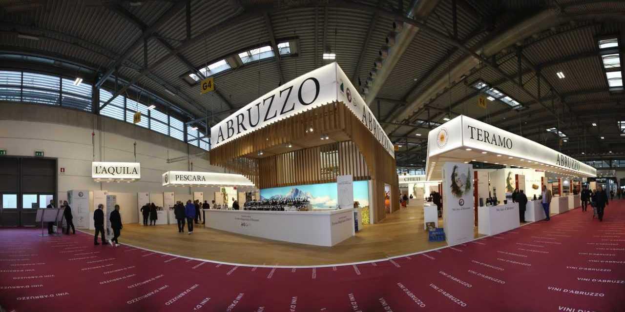 """FOTO e VIDEO   Vinitaly, Vice Presidente Regione Imprudente: """"Settore in crescita. Creeremo il Brand Abruzzo"""""""