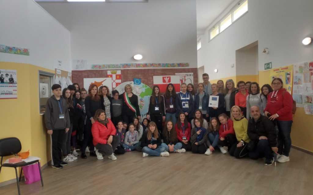 FOTO | Erasmus+ porta giovanissimi da Cipro, Polonia e Spagna all'IC Civitella-Torricella