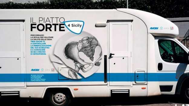 """Sanità, Osteoporosi: fa tappa in Abruzzo  """"Il piatto forte"""", tour di sensibilizzazione e screening"""