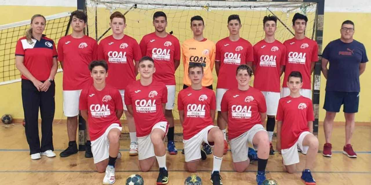 Handball, l'under 15 della Lions Teramo va a caccia del tricolore