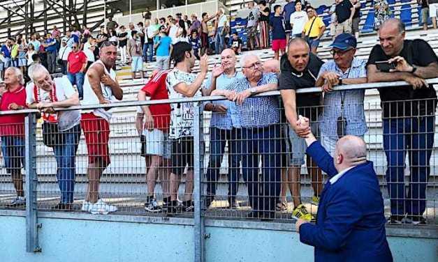 """Calcio C, Teramo-Cavese. Tedino: """"Ho due dubbi di formazione"""" ed ai tifosi: """"Ad Avellino sembravano 5.000 e ci siamo vergognati per loro"""""""