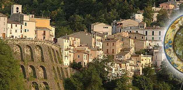 """Alla scoperta dei tesori di Castelli con i """"Ciceroni per un giorno"""" nell'iniziativa """"La  domenica del borgo"""""""