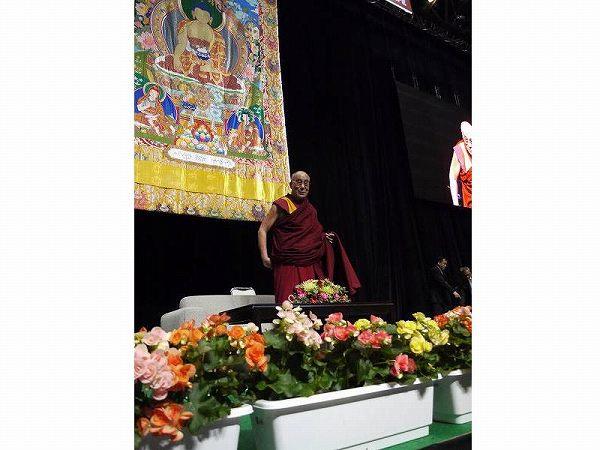 すべての宗教が説く教えは、愛と慈悲の心、そして赦し。ダライ・ラマ法王講演レポート