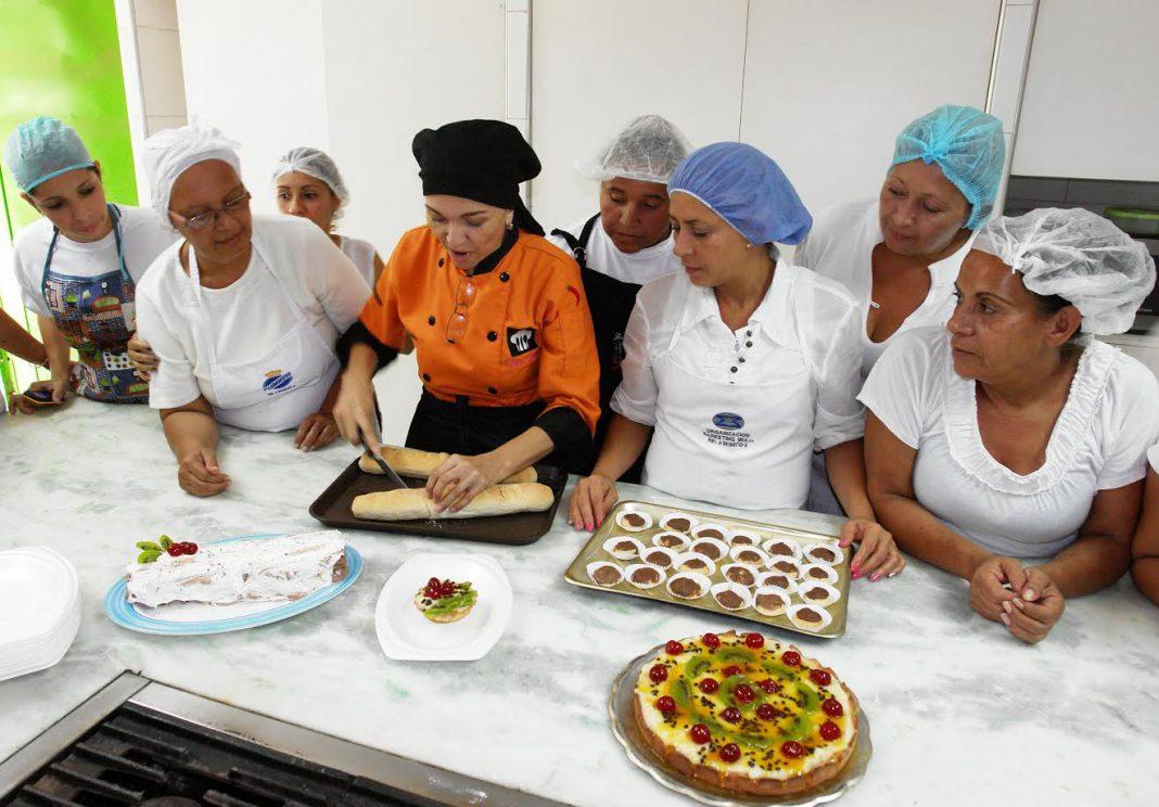 Abiertas inscripciones para cursos de ayudantes de cocina