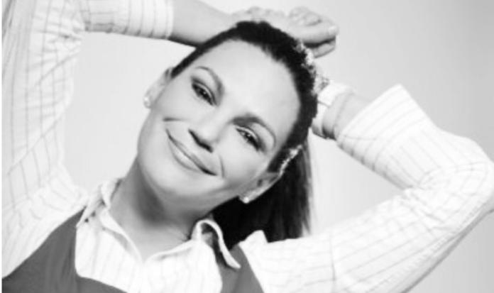 Indira Páez: «Para escribir siempre parto de la intimidad»