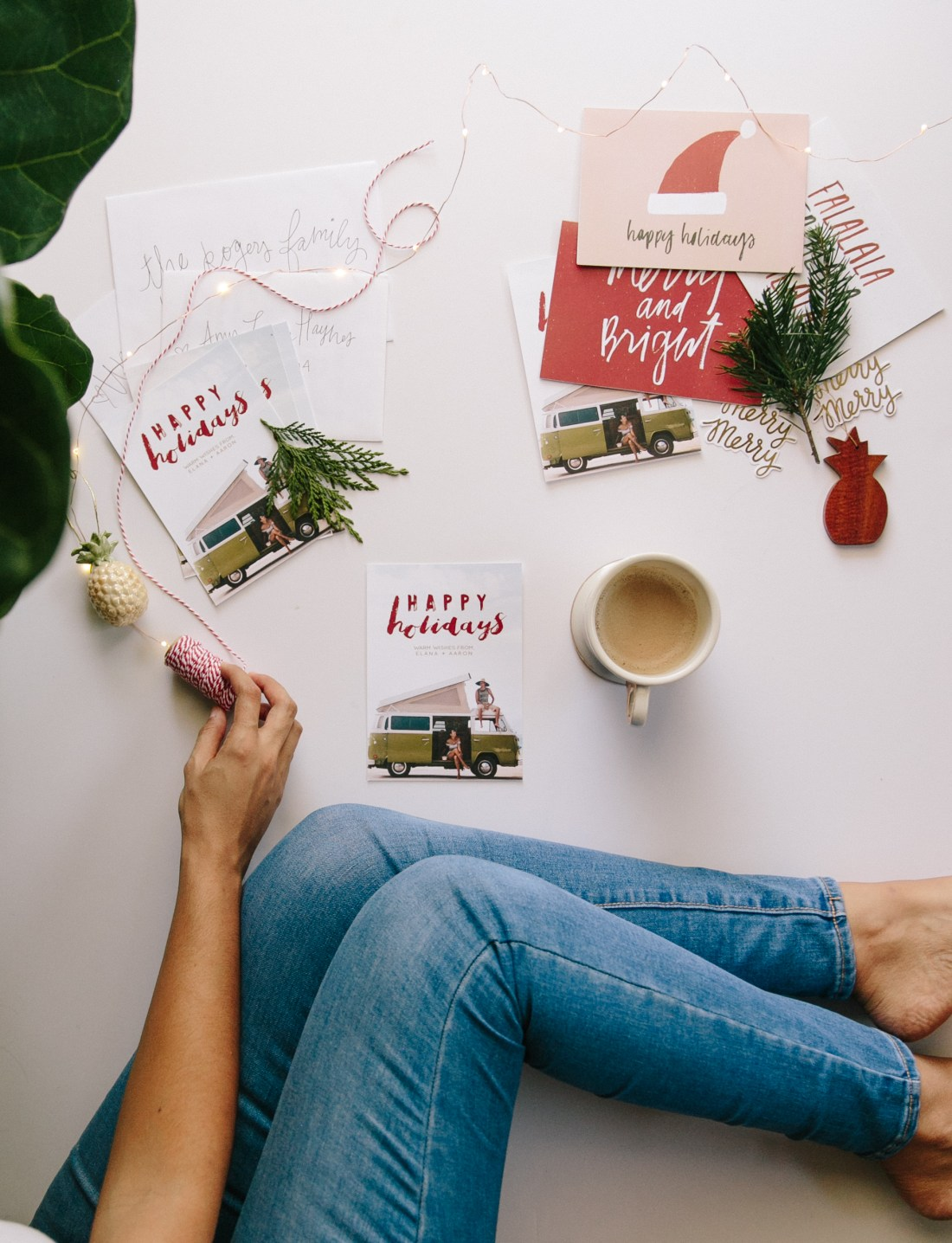 Old Navy Style | Christmas Traditions | Getting Festive + Celebrating Traditions with Old Navy | Celebrating the Holidays | New Traditions to Try in your home | Palm Tree Christmas | Tropical Christmas | Cute Christmas Card Ideas via @elanaloo + elanaloo.com