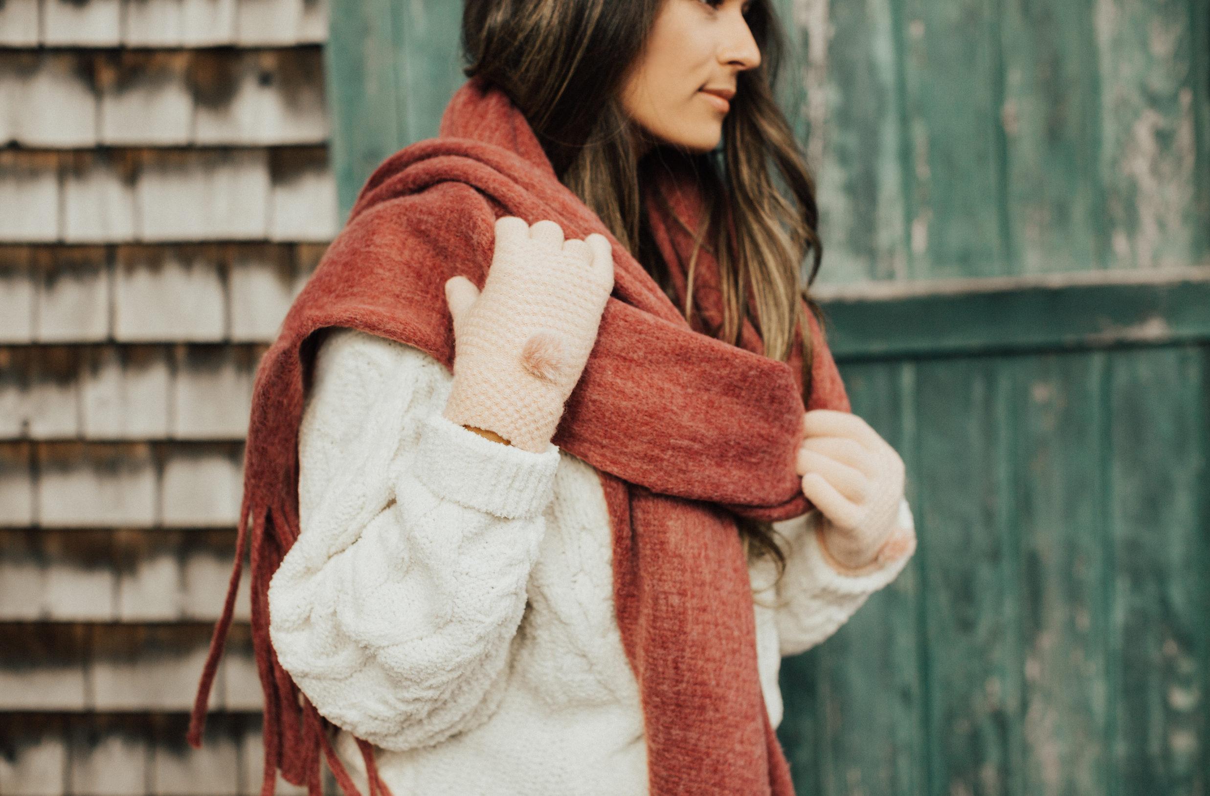 Featured On Anthropologie | Shades of Fall | Fall Fashion feature with Anthropologie | Fall Trends with Travel Blogger Elana Jadallah | Anthropologie Scarf | Best Looks of Fall with Anthropologie | Exploring Camden Maine | Travel Diary Camden Maine via @elanaloo + elanaloo.com