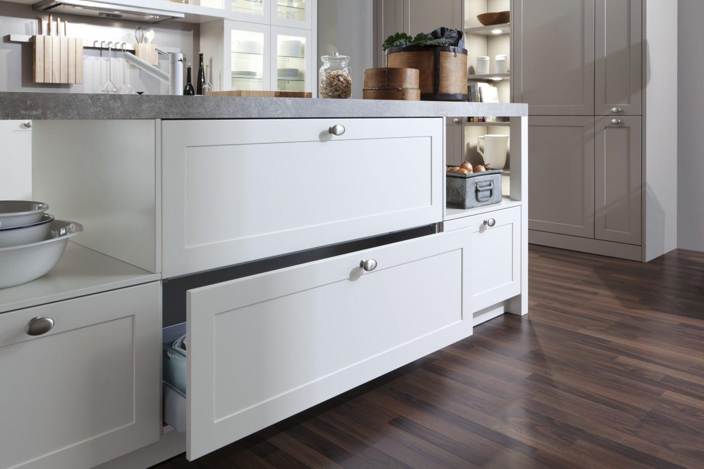 LEICHT Carre FS Kitchens Luxury Contemporary Kitchen From Elan