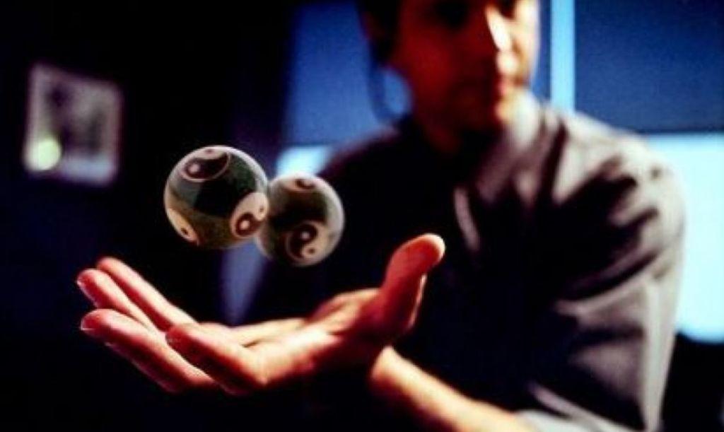 ¿Qué es la telequinesis? ¿Existe realmente?