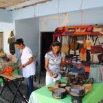 Mayra Jimenez, de Promipyme, da primer picazo escuela artesanía de Bahoruco