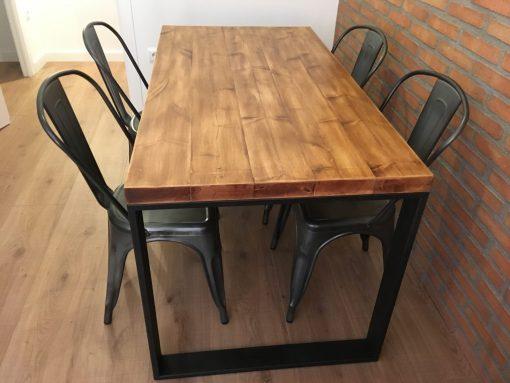 mesa-estilo-industrial-patas-gruesas1