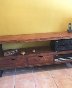 mueble-tv-con-dos-cajones1