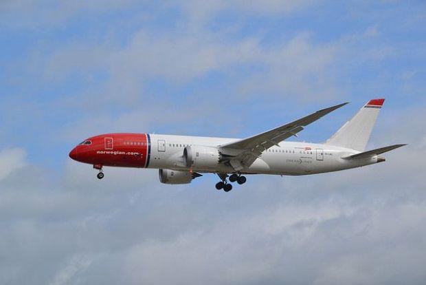 787 de Norwegian en Gatwick. Alec Wilson