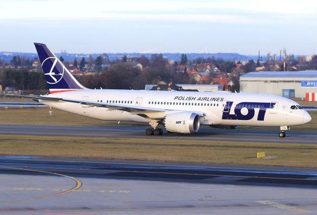 """Hasta sus """"socios"""" en el 787... (Alan Lebeda)"""