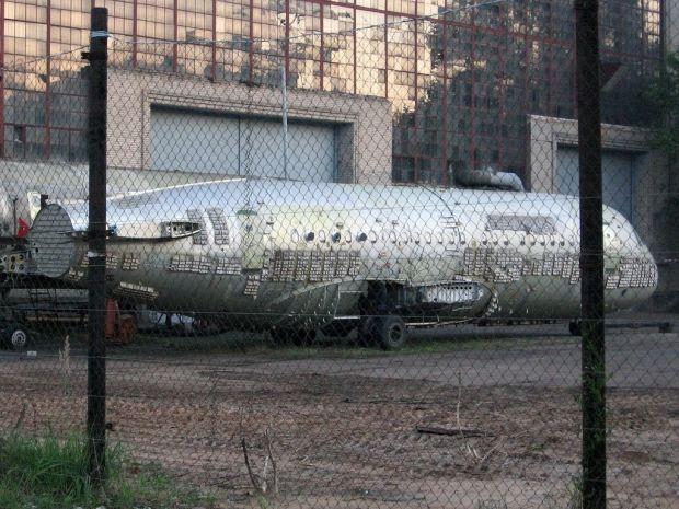 Lo que queda de uno de los dos únicos ejemplares del Tu-334. (Pavel Adzhigildaev CC)