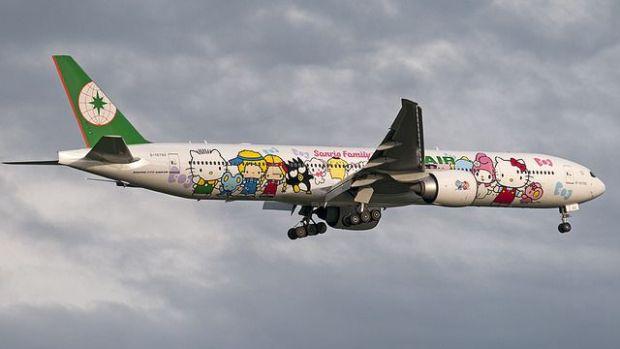 Precioso 777 de EVA pintado de Helly Kitty (Pieter van Marion)