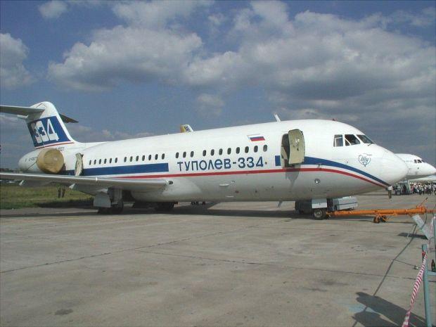 El DC-9 pasado de kilos: Tu-334 (Dmitry Avdeev CC)