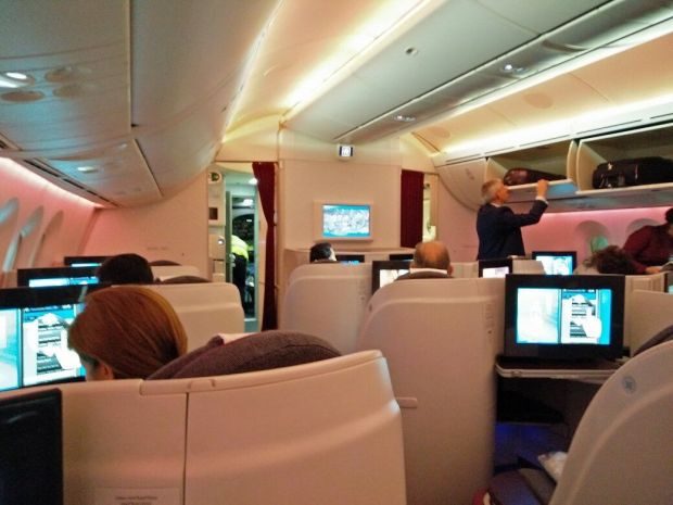 Qatar 787 interior business