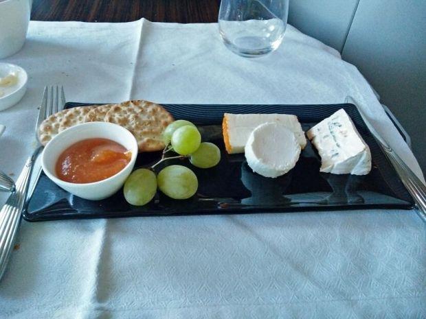 """""""Un poco"""" de queso ya que venimos de París"""