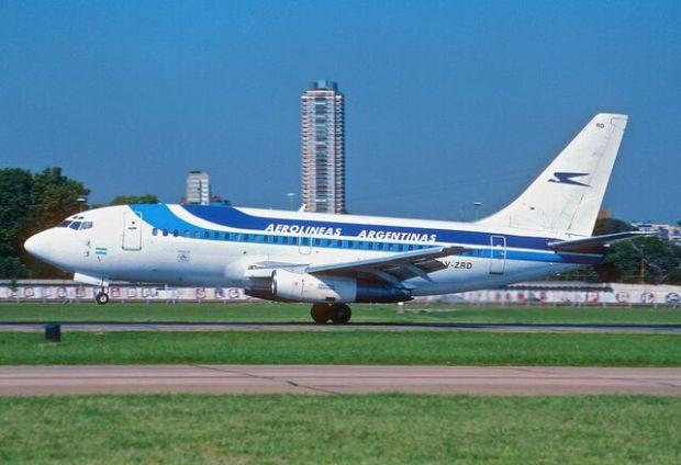 Boeing 737-200 de Aerolineas en el Aeroparque de Buenos Aires (Aero Icarus Flickr)