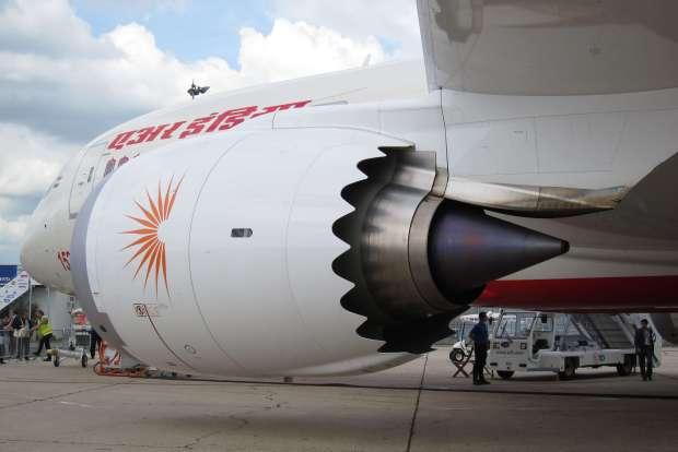 Los impresionantes GEnx de 787... los verás pero no los oirás! (por Olivier Cleynen CC)