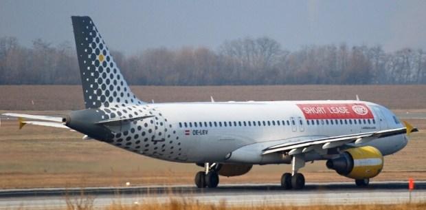 El avionista aviones aerol neas y turismo for Oficinas de vueling en barcelona