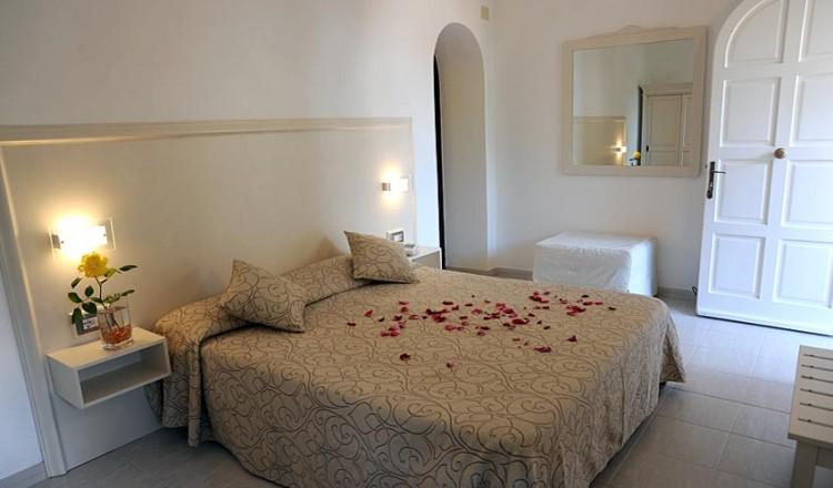 Hotel sul mare Isola dElba  Hotel Barsalini a SantAndrea