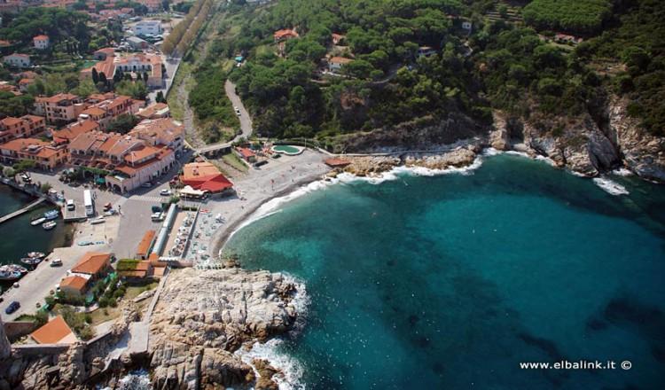 Spiaggia della Fenicia a Marciana Marina Isola dElba