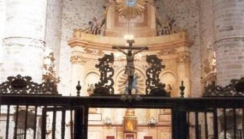 7e2d8897140 Patrimonio autoriza la restauración del retablo mayor de la colegiata de  Santa María de Villafranca del