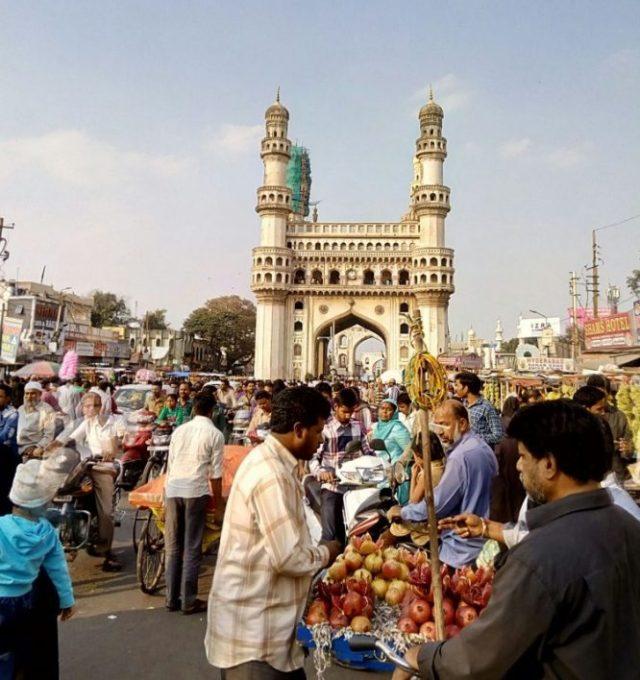 El centro de la ciudad de Hyderabad, donde se celebra la feria BioAsia, con la participación de tres investigadores bercianos. (Foto: Ical)