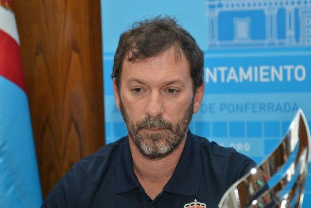 Julio Anel, director deportivo club leitariegos