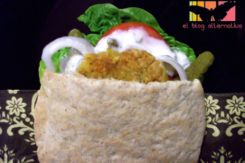 falafel pitas - Receta de falafel con salsa de yogur