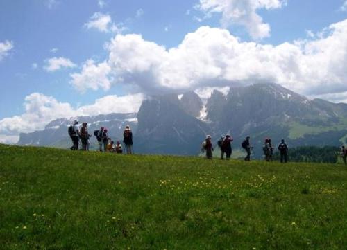 rutas magicas europa - RUTAS MÁGICAS: rutas espirituales y saludables por Asia, vacaciones de naturaleza y turismo termal en Europa