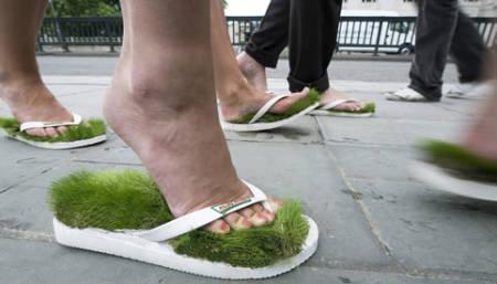 sandalias verdes2 - Sandalias para tener los pies en la tierra