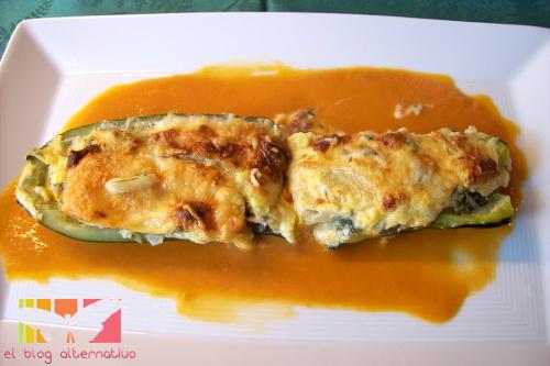 calabacines rellenos2 - Receta de calabacines rellenos de soufflé de verduras