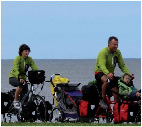 familia3 - Bicicleta y lactancia en tándem y a viajar en familia por el mundo