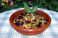 aceitunas alinadas 200 - 10 aperitivos vegetarianos para sorprender a los invitados