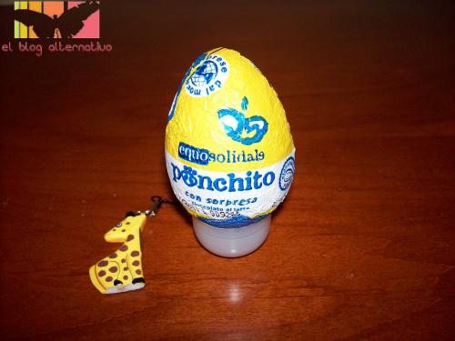huevo - Ponchito: el huevo de chocolate con sorpresa solidaria y justa