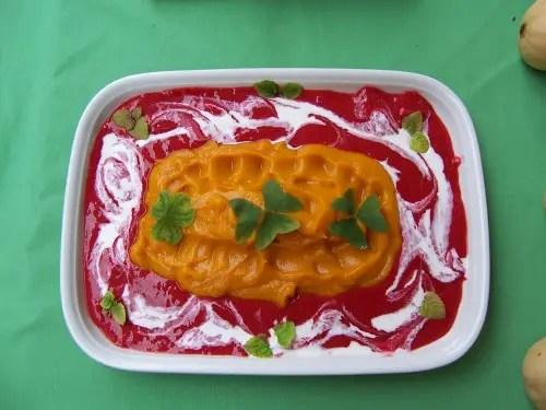 mousse de calabaza y salsa de frambuesa