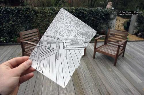 mesitas 500x332 - Ben Heine o la feliz unión entre fotografía y dibujo