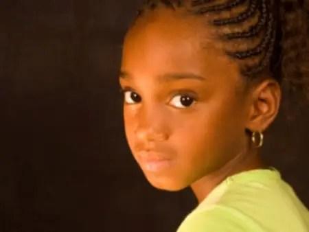 african american girl with sad eyes1 - La Laia es de aquí