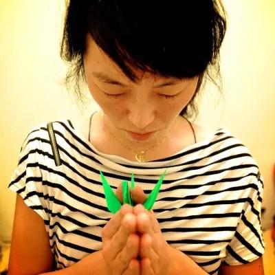 makiko1 - Mil grullas, solidaridad y meditación por Japón